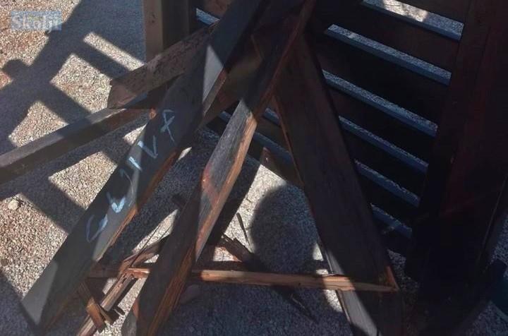 Lukoran: Vandali demolirali dječje igralište ispred škole i vrtića
