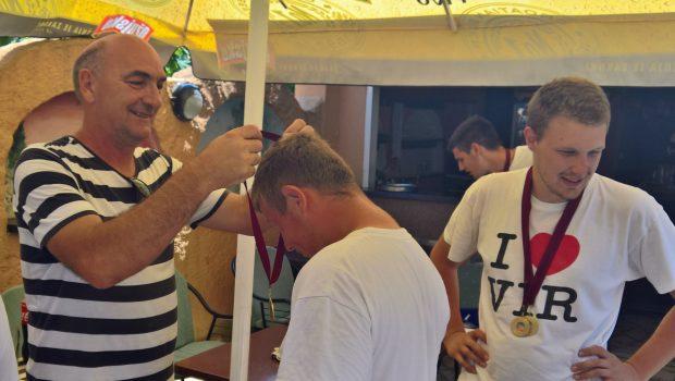 ŠRD Škrpina Banj ugostio najbolje županijske mlade ribolovce
