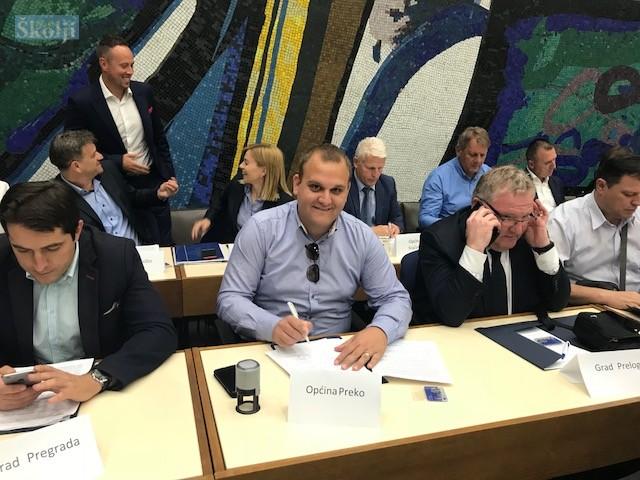 Potpisan ugovor o dodjeli 712.483 kn za obnovu vrtića u Preku