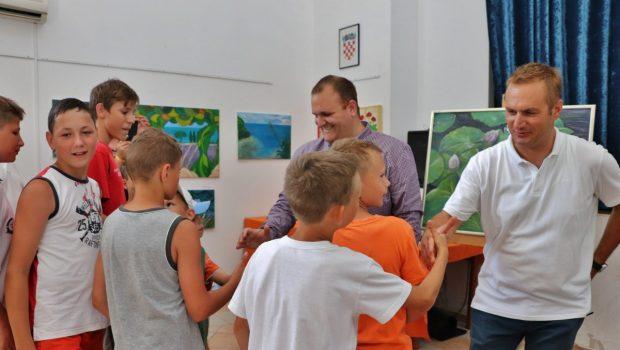 Ruka prijateljstva za djecu bez roditelja iz ukrajinskoga grada Lavova