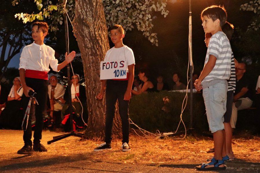 Humoreske i skečevi o počecima turizma u Preku oduševili publiku u Jardinu