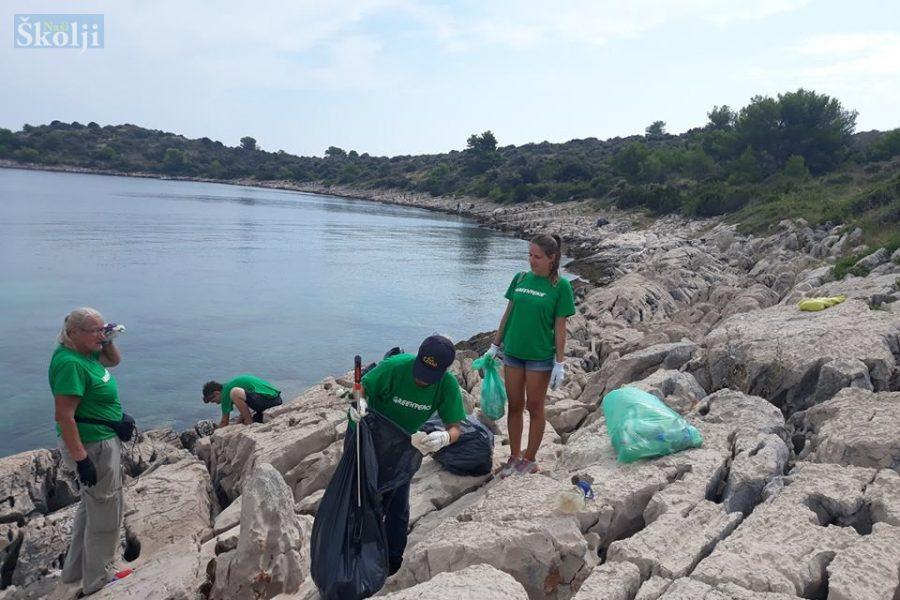 Greenpeace napravio analizu otpada na jadranskim plažama