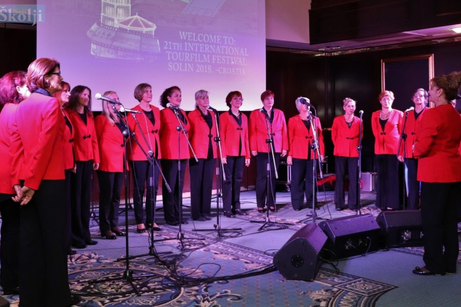 Preko: Božićni koncert ženskog zbora Marjanke iz Splita
