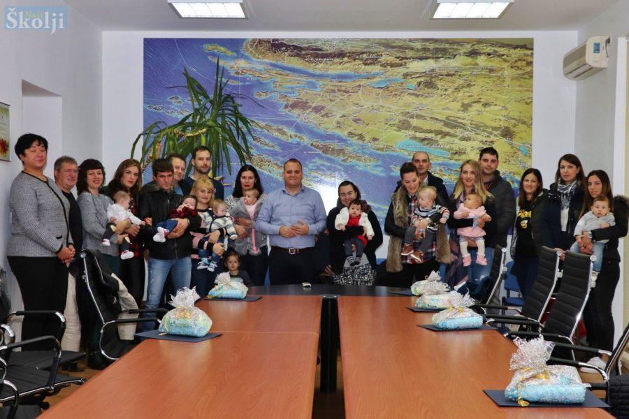 U Općini Preko ove godine rođeno 36 beba, čak 23 više nego lani!