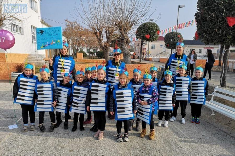 Dječji vrtić Lastavica i ove godine u karnevalskoj povorci u Viru