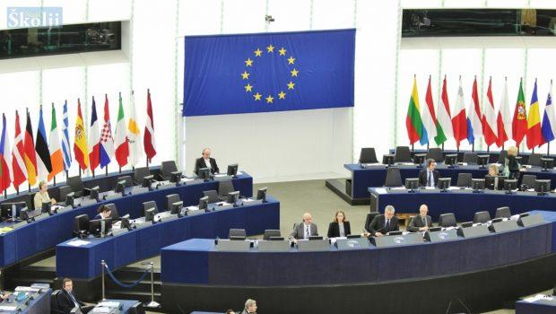 Zbog izbora za EU parlament u nedjelju izmijenjen plovidbeni red