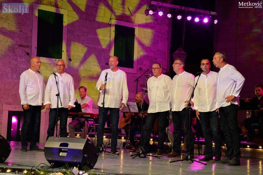 Klapa Basket nastupila na festivalu Melodije hrvatskoga juga