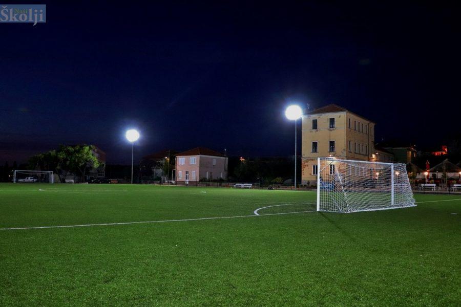 Na igralištu u Sutomišćici uskoro noćne utakmice i treninzi