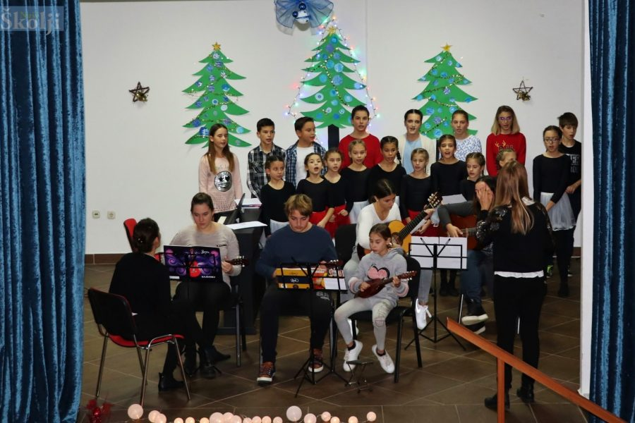 Božićni koncert učenika Glazbene škole Blagoja Berse