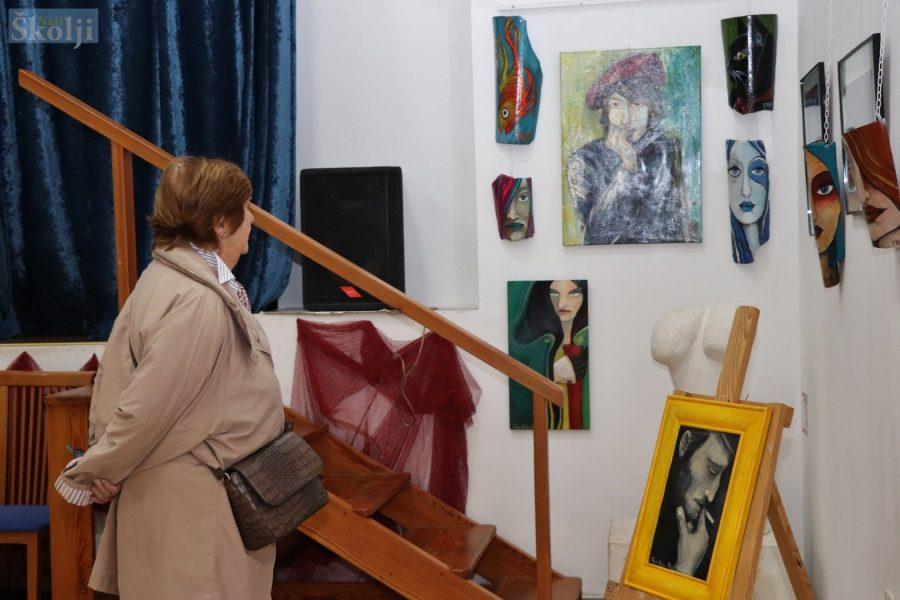 Udruga Mozaik predstavila radove nadahnute ljepotom Ugljana