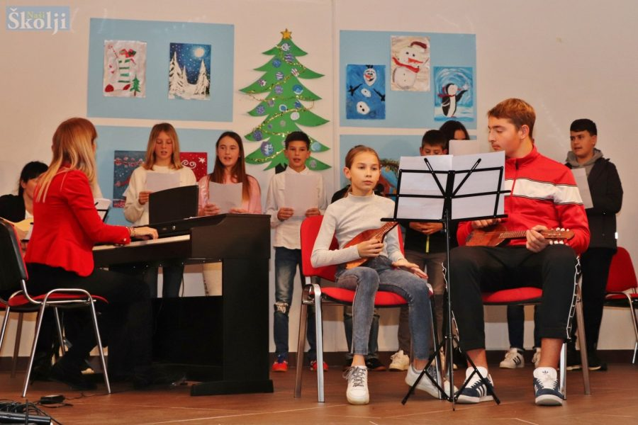 Preko: Božićni koncert učenika Glazbene škole Blagoja Berse