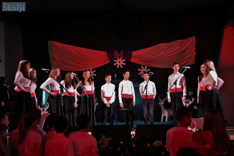 Ugljan: Vikend u znaku božićnih koncerata udruga Điran i Aria