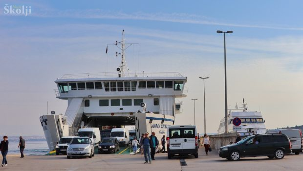 Uputa o izdavanju propusnica za putovanje na otok