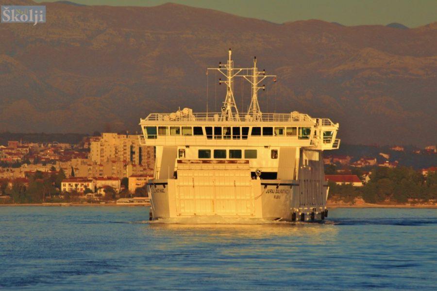 Od 23. ožujka na snazi izvanredni zimski plovidbeni red za trajekte