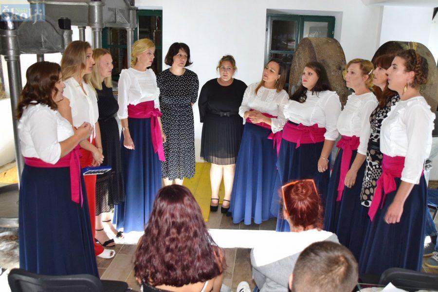 """Klapa Zikva predstavila CD prvijenac """"More moje"""""""