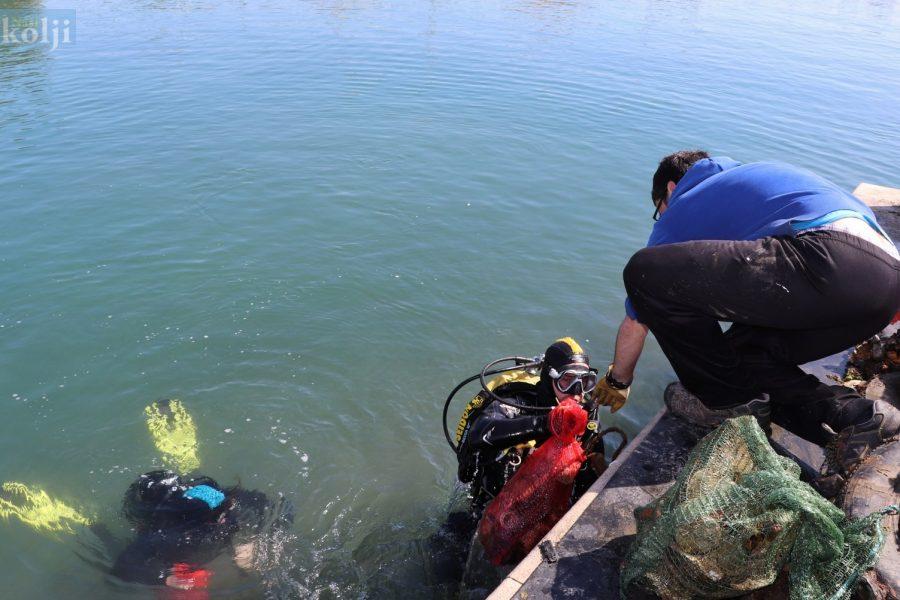 Sutomišćica: Čišćenje podmorja kod punte sv. Grgura