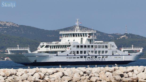 """Na liniju Preko – Zadar stigao novi trajekt """"Ugljan"""" vrijedan tri milijuna eura"""