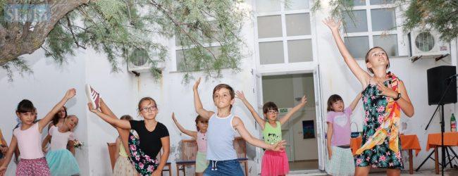 "Plesna radionica ""Dance dance"""