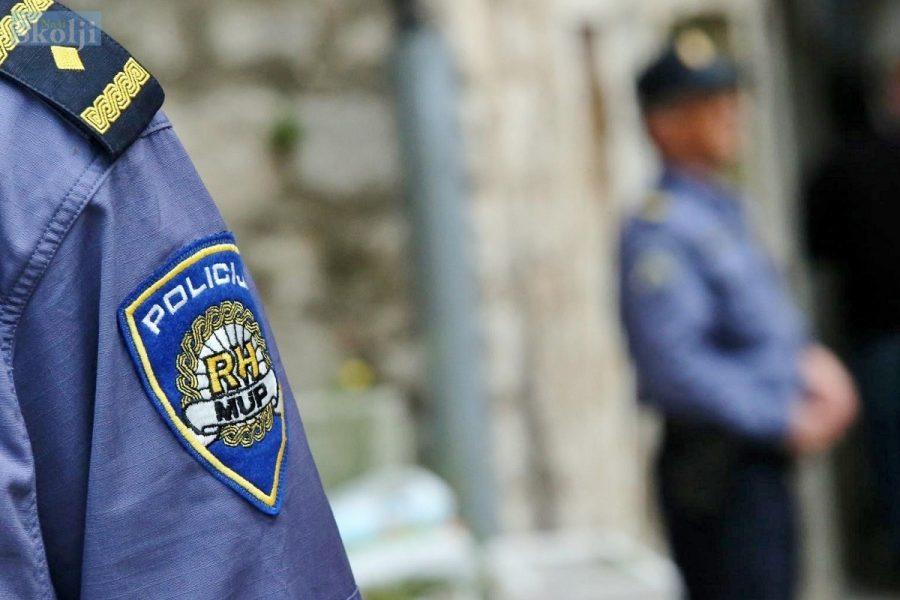 Policija upozorava starije: Ne puštajte nepoznate osobe u svoj dom!