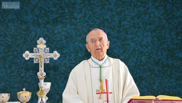 Nadbiskup Puljić: Blagoslov obitelji odgađa se do daljnjega!