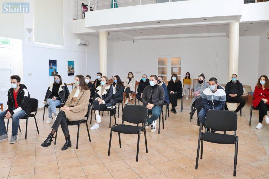 Preko: Potpisani ugovori za studentske stipendije