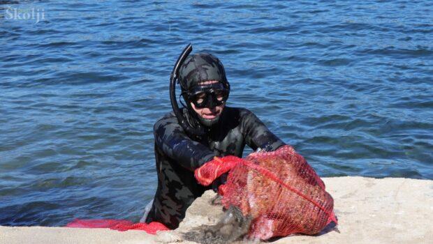 EKOLOGIJA Čišćenje podmorja u uvali Jaz u Preku