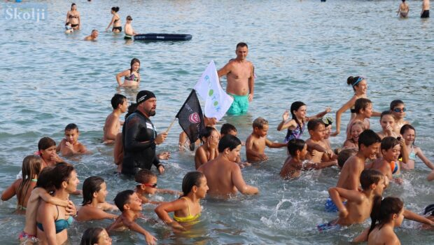 Druga faza plivačko-edukacijskog maratona #RokOtok završila na plaži Jaz u Preku