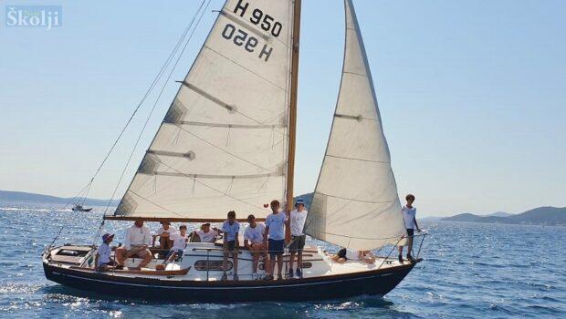 Ruta lavandijera – završna regata Škole jedrenja u Preku