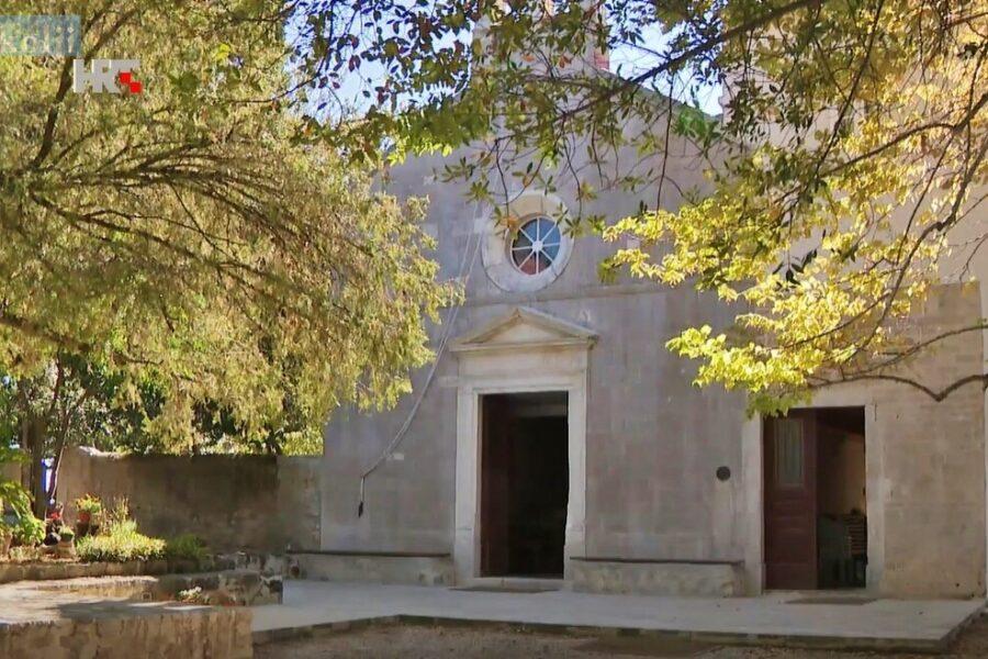 Otočić Galevac (Školjić) – oaza mira za dušu i tijelo
