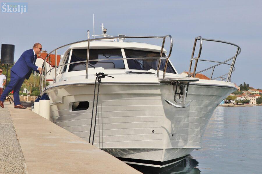 DAN OPĆINE PREKO Stigao brod za hitni prijevoz pacijenata vrijedan 2,5 milijuna kuna